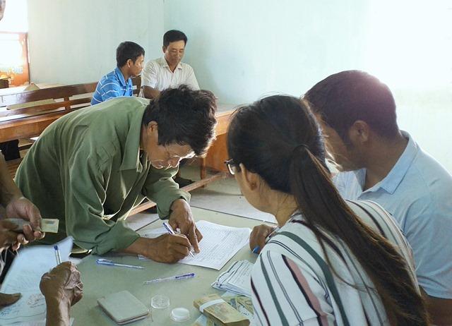 Xã Cư Pui thực hiện hỗ trợ khôi phục sản xuất do thiên tai gây ra trong niên vụ Hè Thu 2018