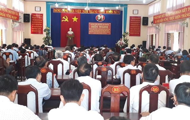 Đảng bộ huyện M'Đrắk học tập, quán triệt Chỉ thị, Kết luận của Ban Bí thư Trung ương Đảng cho cán bộ chủ chốt