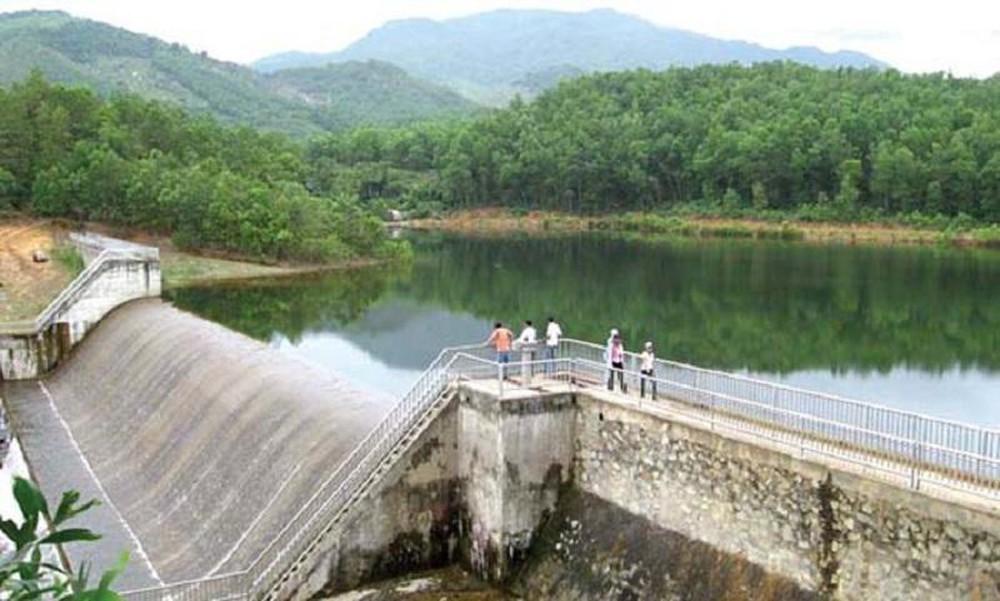 Đảm bảo an toàn công trình và hạ du các đập, hồ chứa thủy lợi.