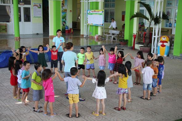 Phê duyệt khoản viện trợ phi chính phủ nước ngoài Trường Mẫu giáo Phong Lan – phân hiệu tại Buôn Ea Phê, xã Ea Phê, huyện Krông Pắk