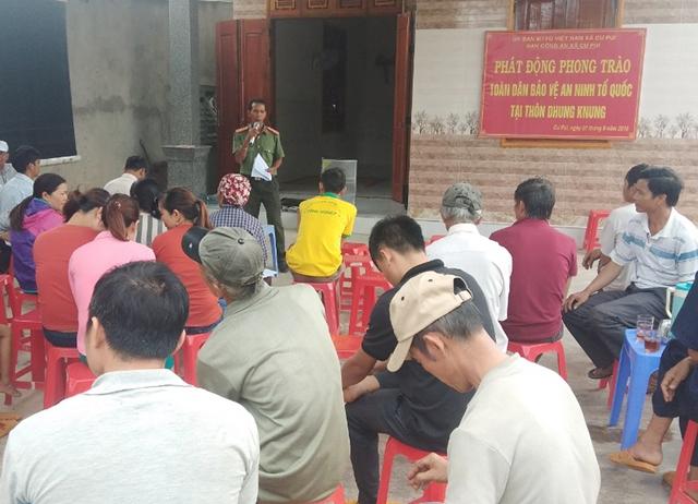 """Xã Cư Pui phát động """"Toàn dân bảo vệ an ninh tổ quốc và tăng cường công tác phòng chống ma túy"""" năm 2019"""