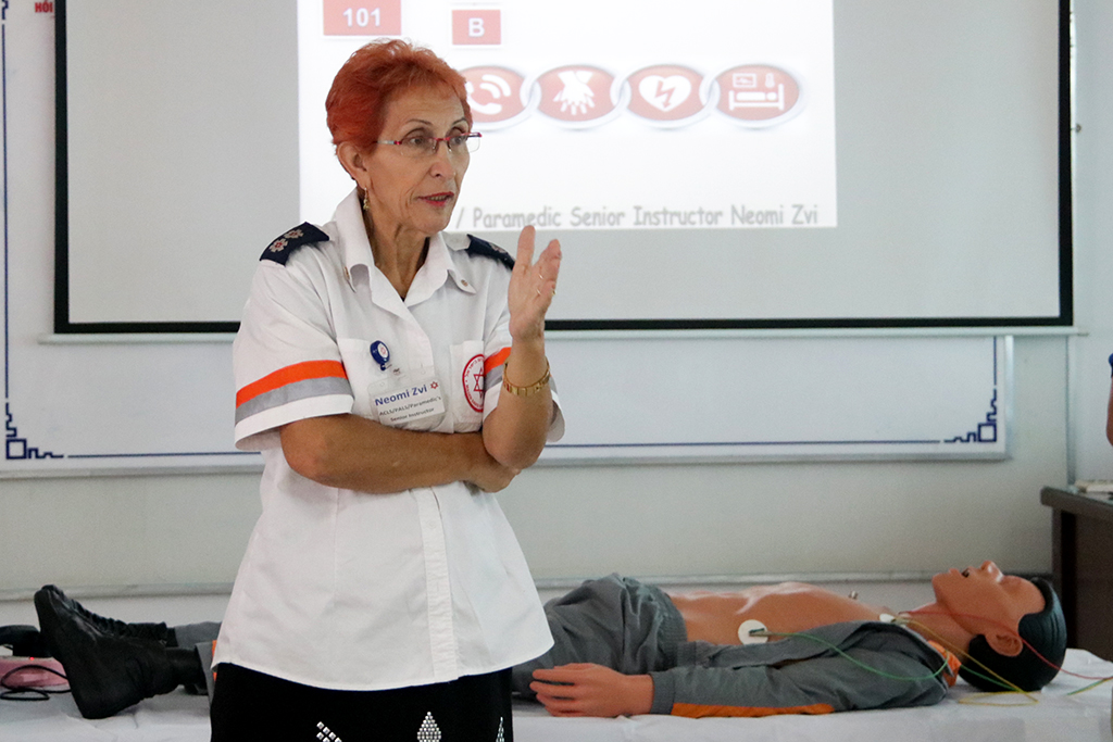 Đại sứ quán Israel hỗ trợ tập huấn cấp cứu tim mạch nâng cao cho Bệnh viện Đa khoa vùng Tây Nguyên