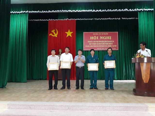 Huyện ủy M'Drắk: Tổng kết 10 năm hoạt động của chi bộ quân sự xã, phường, thị trấn