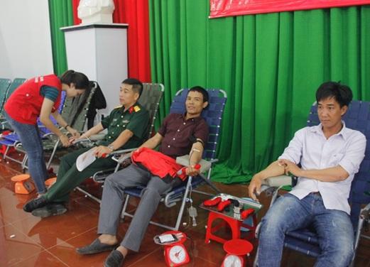 Huyện Krông Bông tổ chức hiến máu nhân đạo đợt II năm 2019