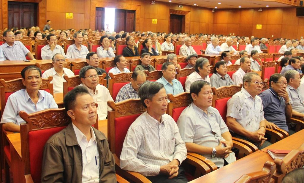 Hội nghị thông tin tình hình thời sự cho cán bộ hưu trí