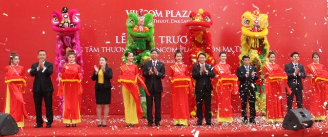 Khai trương Vincom Plaza Buôn Ma Thuột  .