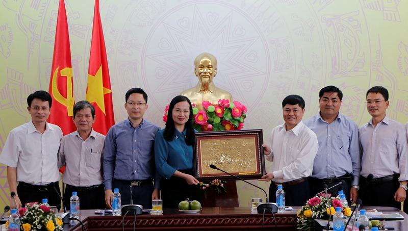 Thường trực Tỉnh ủy làm việc với Đoàn học viên Lớp bồi dưỡng cán bộ nguồn tỉnh Quảng Ninh