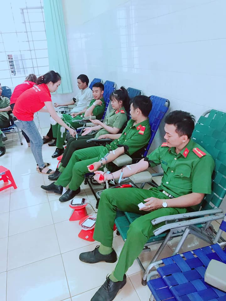 """Huyện Cư Kuin: gần 3 tỷ đồng """"Tiết kiệm làm theo lời Bác"""""""