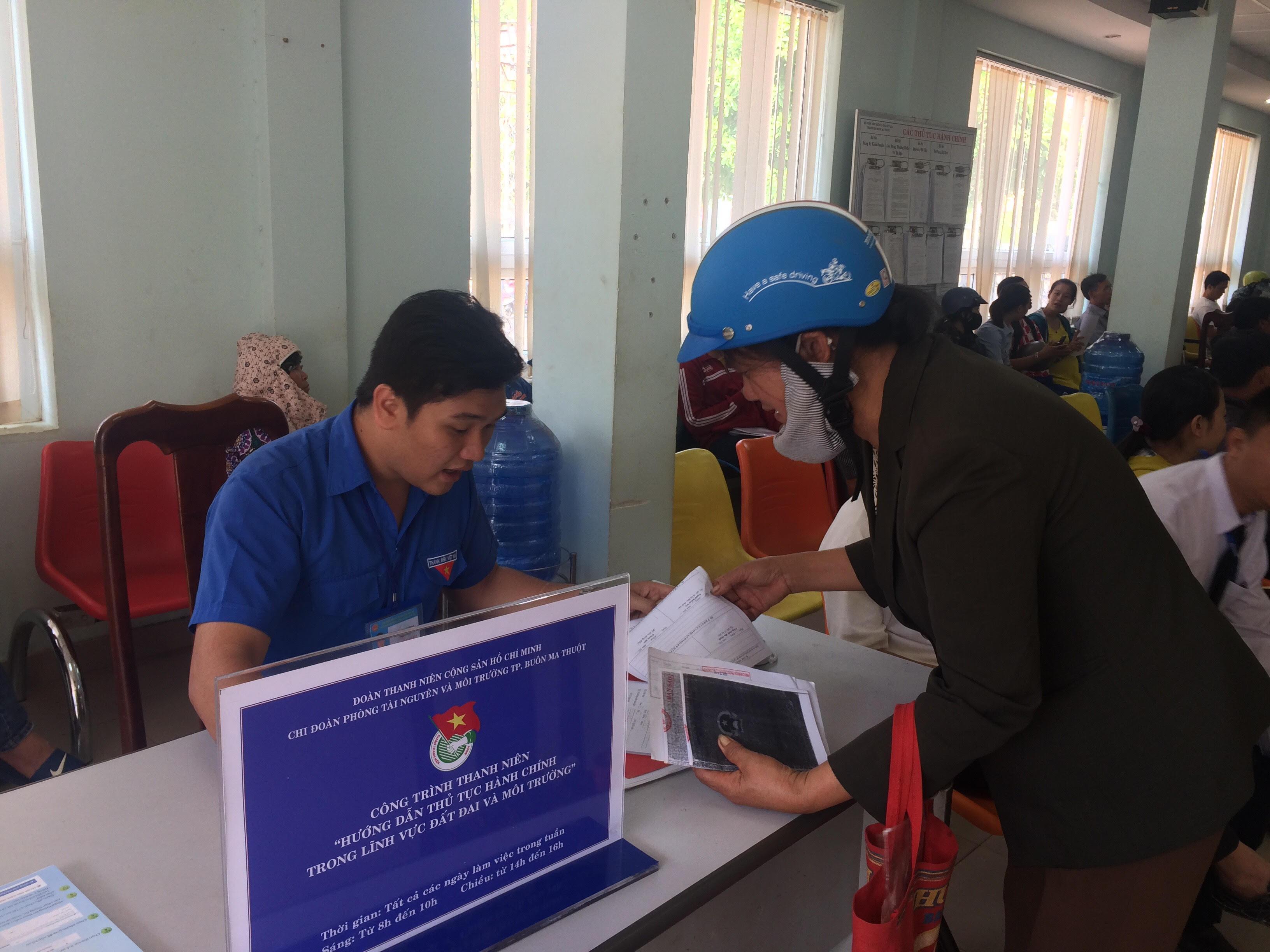 Thành phố Buôn Ma Thuột tiếp tục cắt giảm thời gian giải quyết TTHC