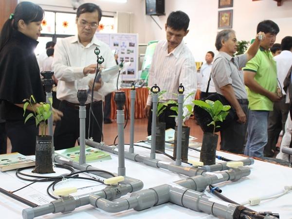 Hội thảo giải pháp khoa học công nghệ chống hạn và phát triển bền vững cà phê, điều, hồ tiêu vùng Đông Nam Bộ và Tây Nguyên