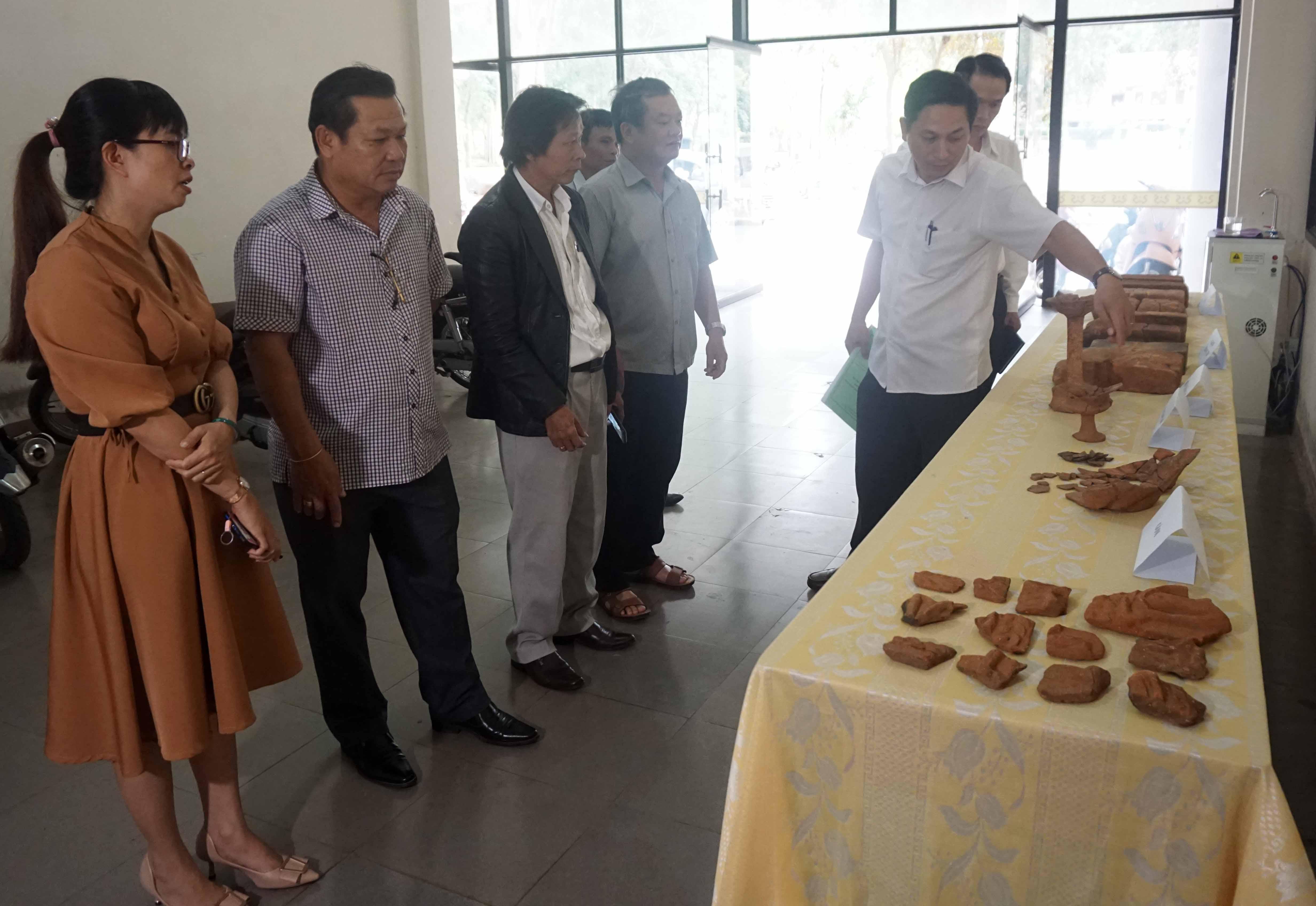 Công bố di chỉ thuộc phế tích kiến trúc Chăm tại huyện Krông Bông