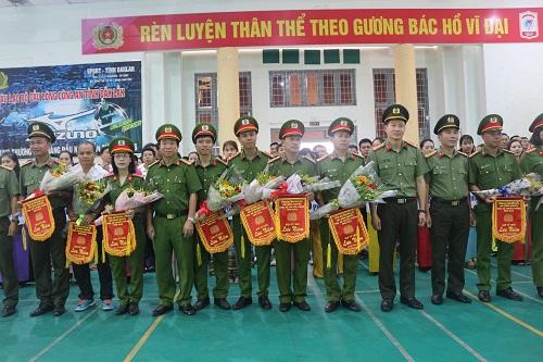 Công an tỉnh Đắk Lắk khai mạc giải bóng chuyền truyền thống năm 2019