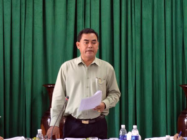 Thường trực Tỉnh ủy làm việc với Huyện ủy Cư M'Gar