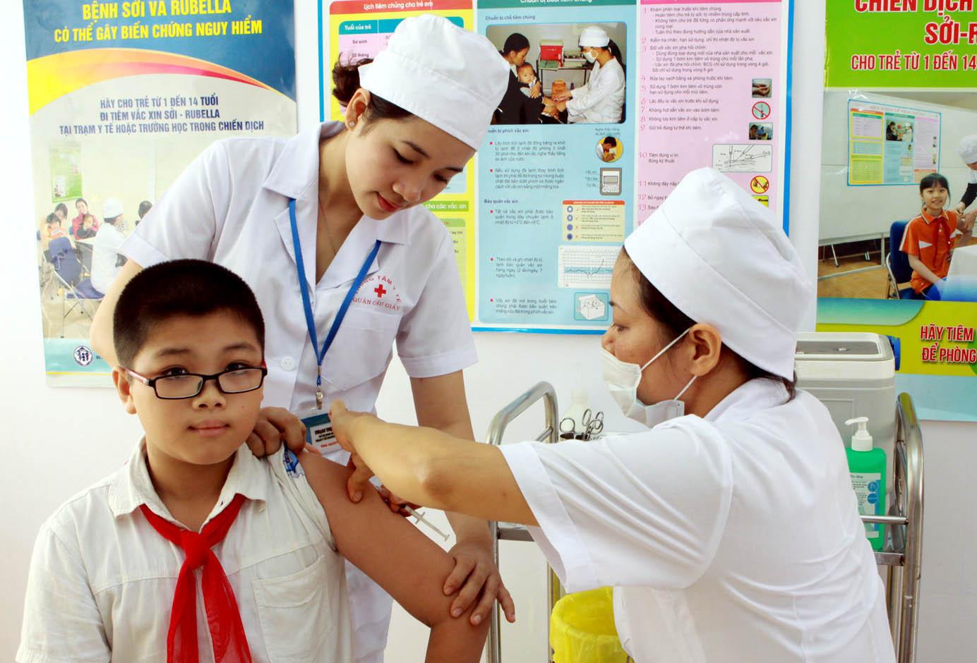 Tiêm bổ sung vắc xin uốn ván – bạch hầu giảm liều (Td) năm 2019 tỉnh Đắk Lắk