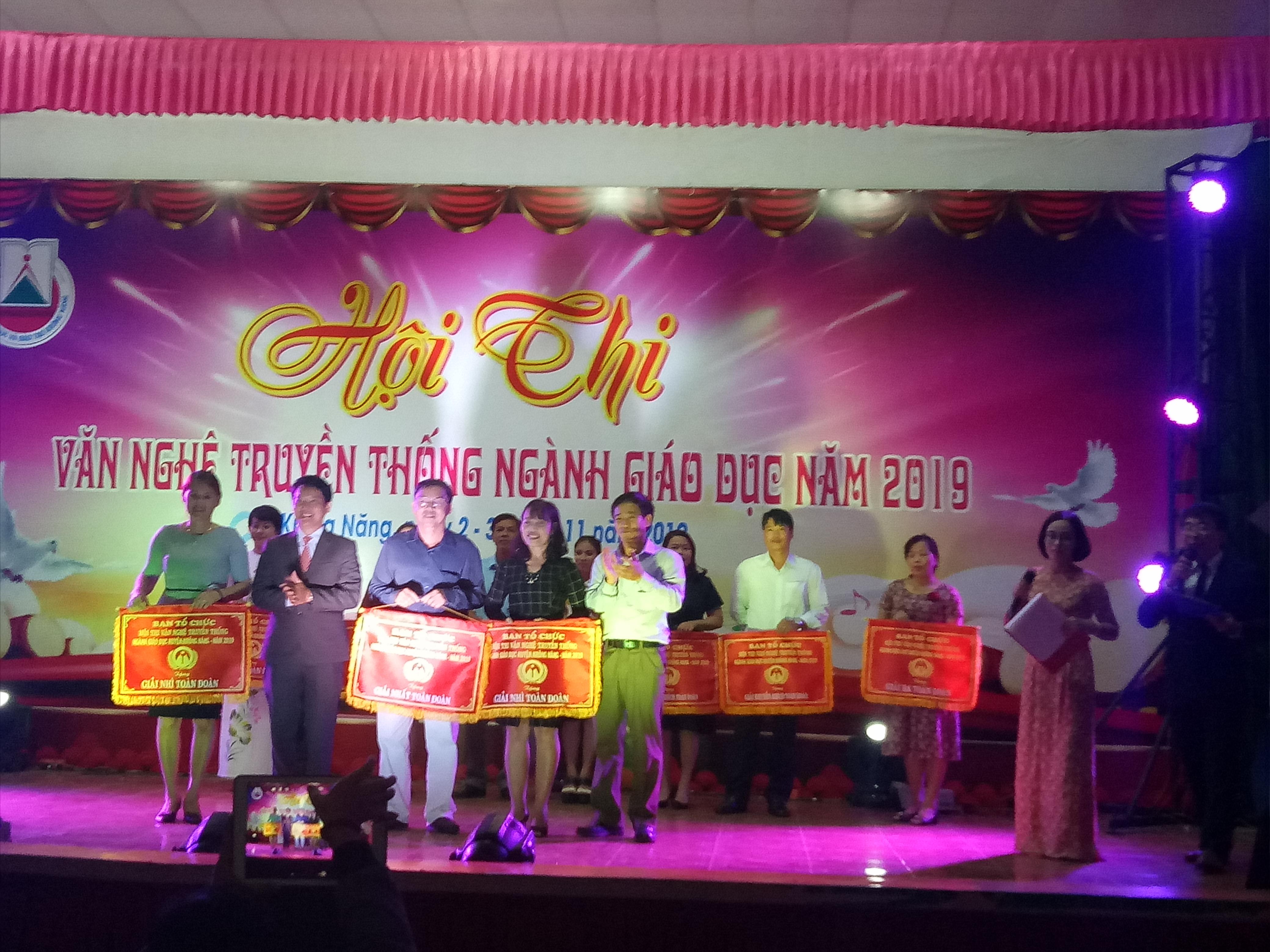 Hội thi văn nghệ truyền thống ngành Giáo dục - Đào tạo huyện Krông Năng năm 2019