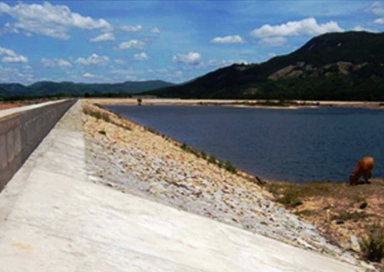 Triển khai thực hiện hệ thống kênh cấp 1 thuộc dự án công trình thủy lợi hồ chứa nước Ia Mơr trên địa bàn huyện Ea Súp