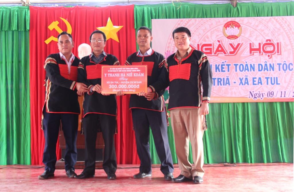 Ngày hội đại đoàn kết toàn dân tộc buôn Triă, xã Ea Tul, huyện Cư M'gar