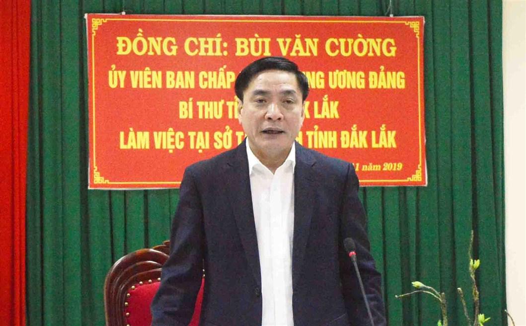 Bí thư Tỉnh ủy Bùi Văn Cường làm việc với Sở Tài chính