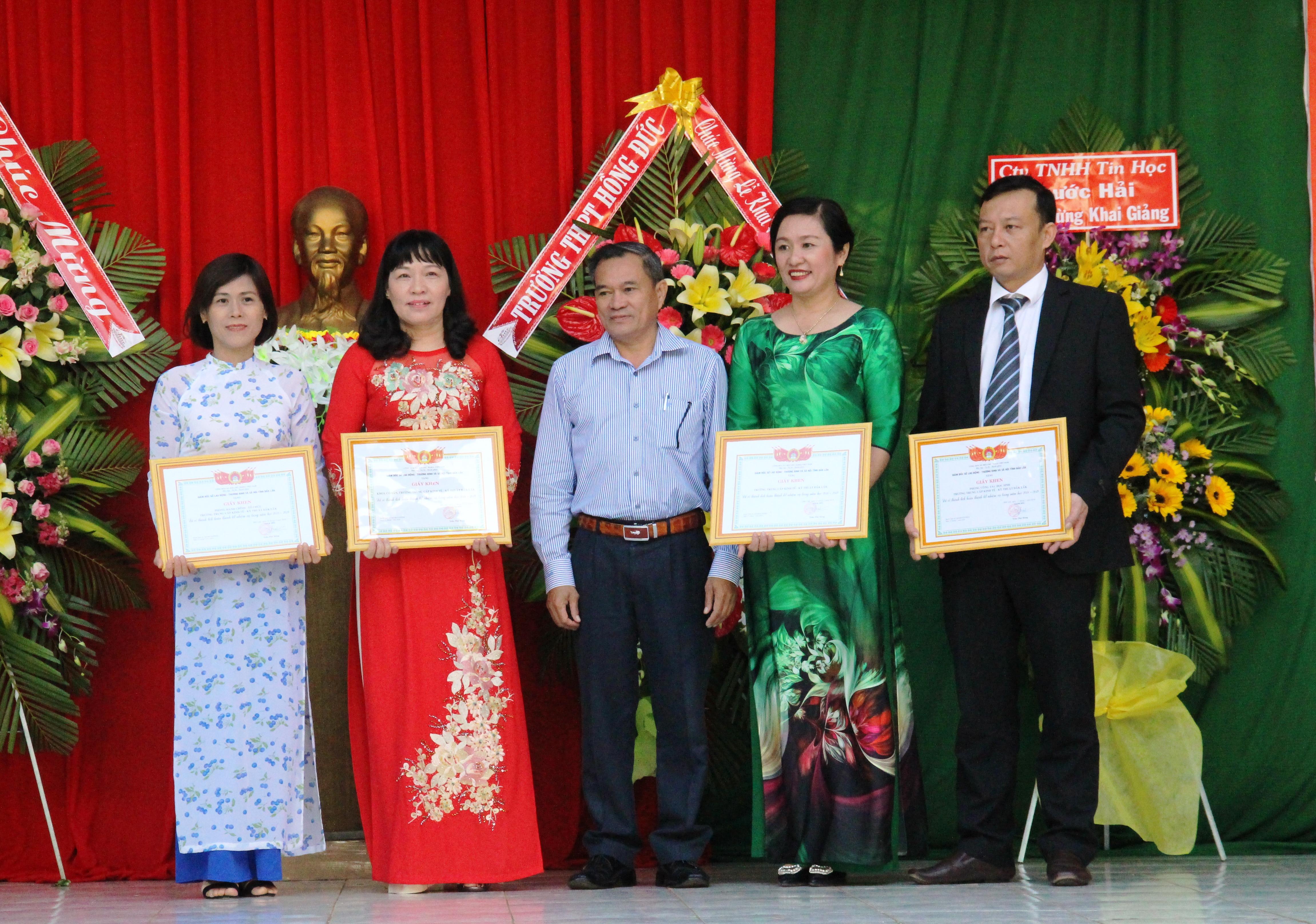 Trường Trung cấp Kinh tế Kỹ thuật Đắk Lắk khai giảng năm học mới 2019-2020