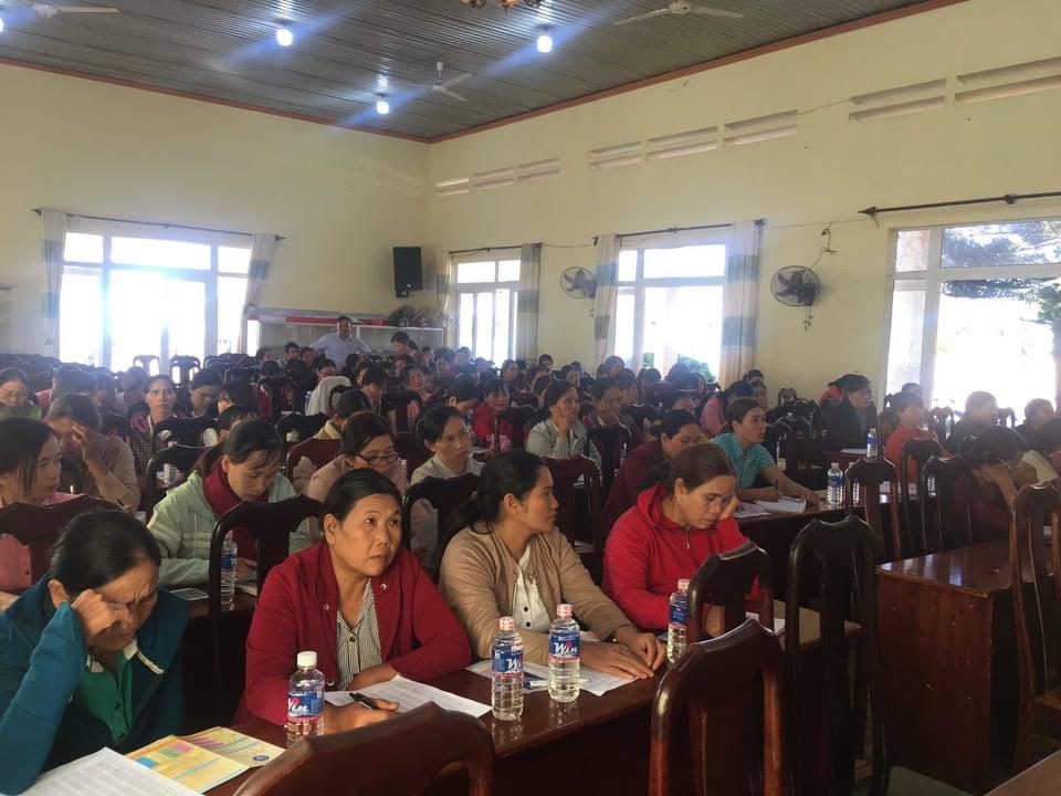 Hội LHPN huyện Ea Kar tập huấn tuyên truyền chính sách bảo hiểm xã hội, bảo hiểm y tế