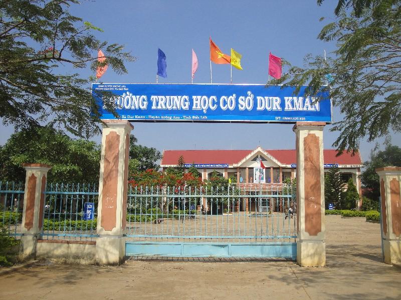Phê duyệt kế hoạch lựa chọn nhà thầu công trình Trường Trung học cơ sở Dur Kmăl, Hạng mục: Cải tạo khu bán trú học sinh