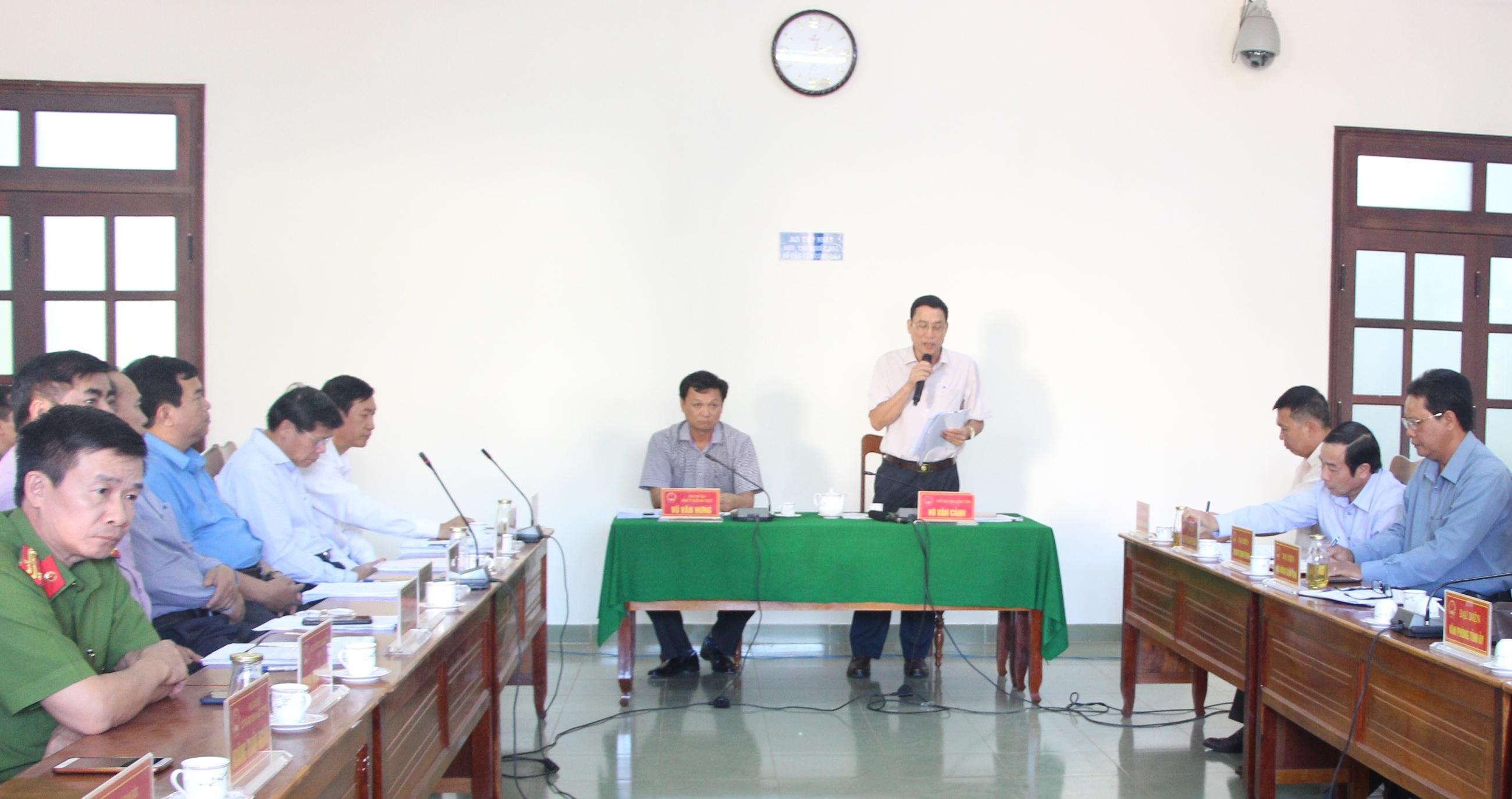 Thông cáo báo chí về việc tổ chức công khai các phương án hỗ trợ cho các hộ tiểu thương chợ tạm thành phố Buôn Ma Thuột