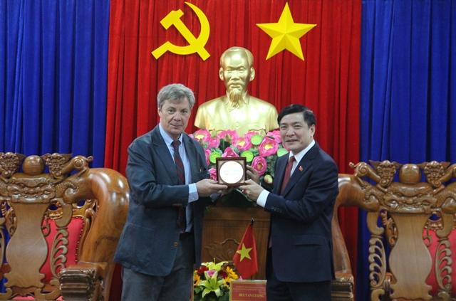 Đại sứ Argentina tại Việt Nam chào xã giao lãnh đạo Tỉnh ủy, UBND tỉnh Đắk Lắk