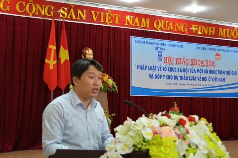 """Hội thảo khoa học """"Pháp luật về tổ chức xã hội của một số nước trên thế giới và góp ý cho dự thảo Luật về Hội ở Việt Nam""""."""