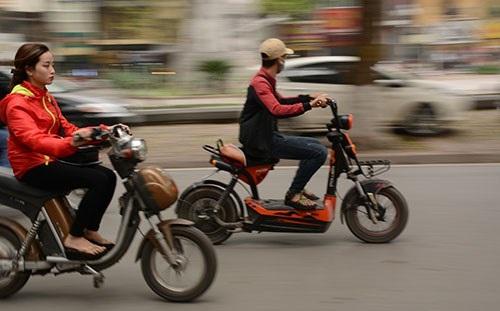 Tăng cường quản lý xe máy điện