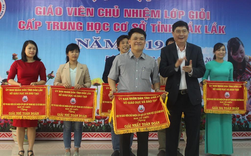 Bế mạc Hội thi giáo viên chủ nhiệm lớp giỏi cấp THCS tỉnh Đắk Lắk năm 2019