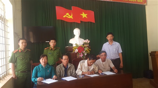 Công an huyện Ea H'leo tuyên truyền pháp luật tại xã Ea H'leo