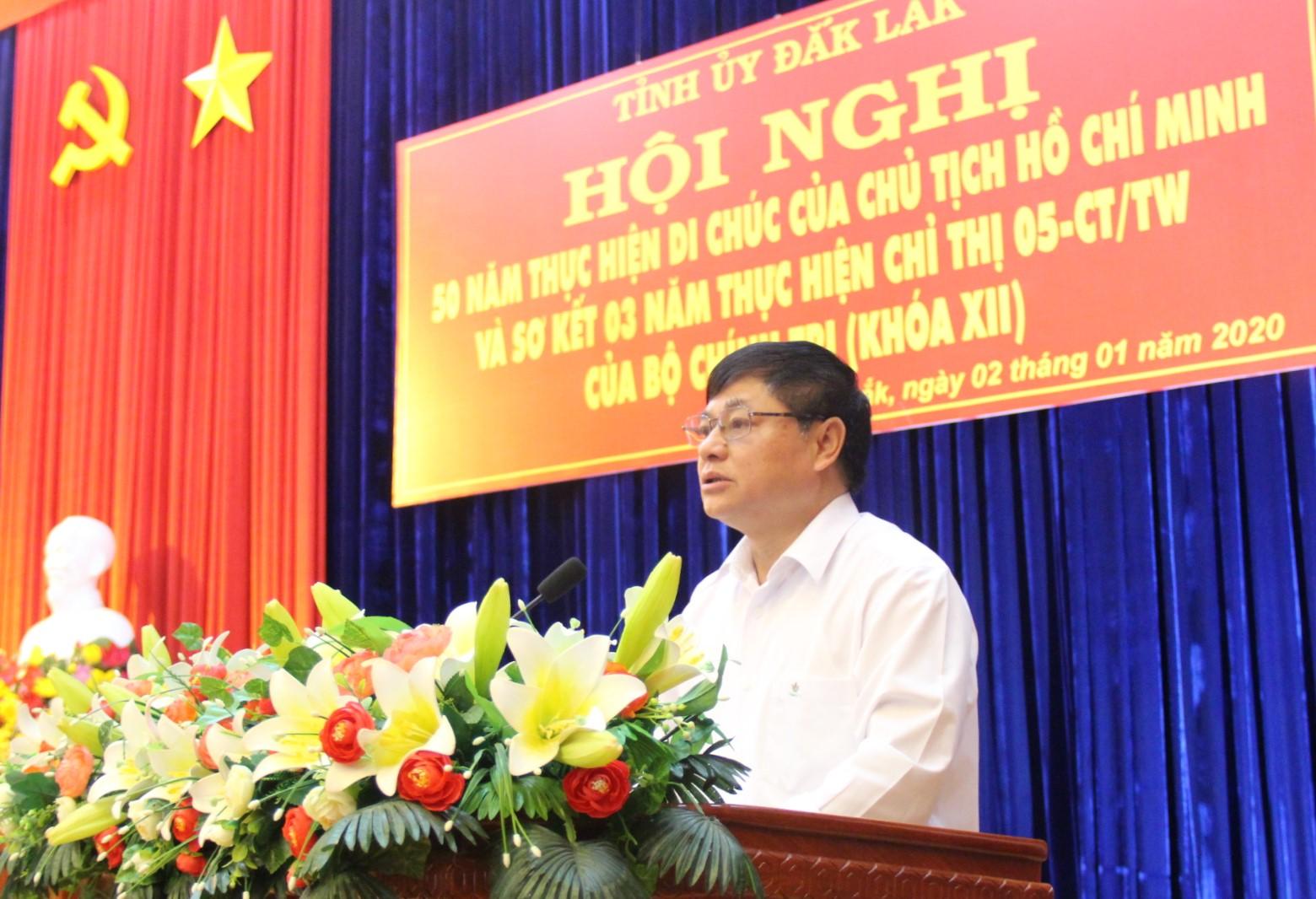 Đẩy mạnh thực hiện hiệu quả Di chúc Chủ tịch Hồ Chí Minh và Chỉ thị 05-CT/TW của Bộ Chính trị