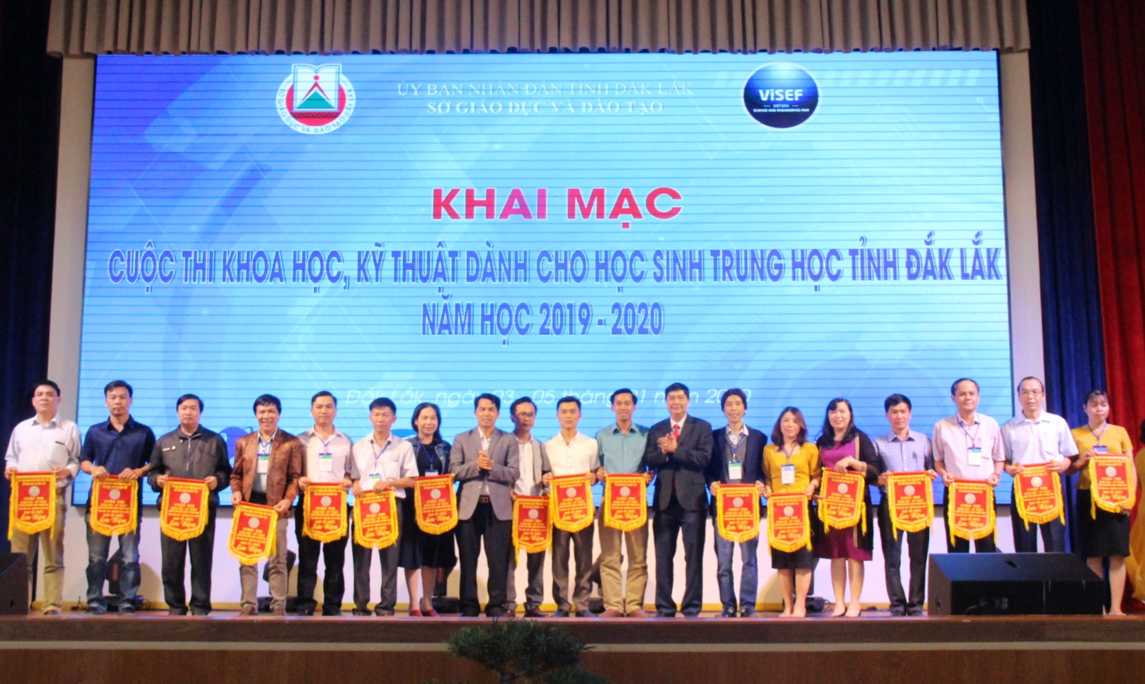 129 sản phẩm, dự án tham dự Cuộc thi khoa học, kỹ thuật dành cho học sinh trung học tỉnh Đắk Lắk năm học 2019-2020