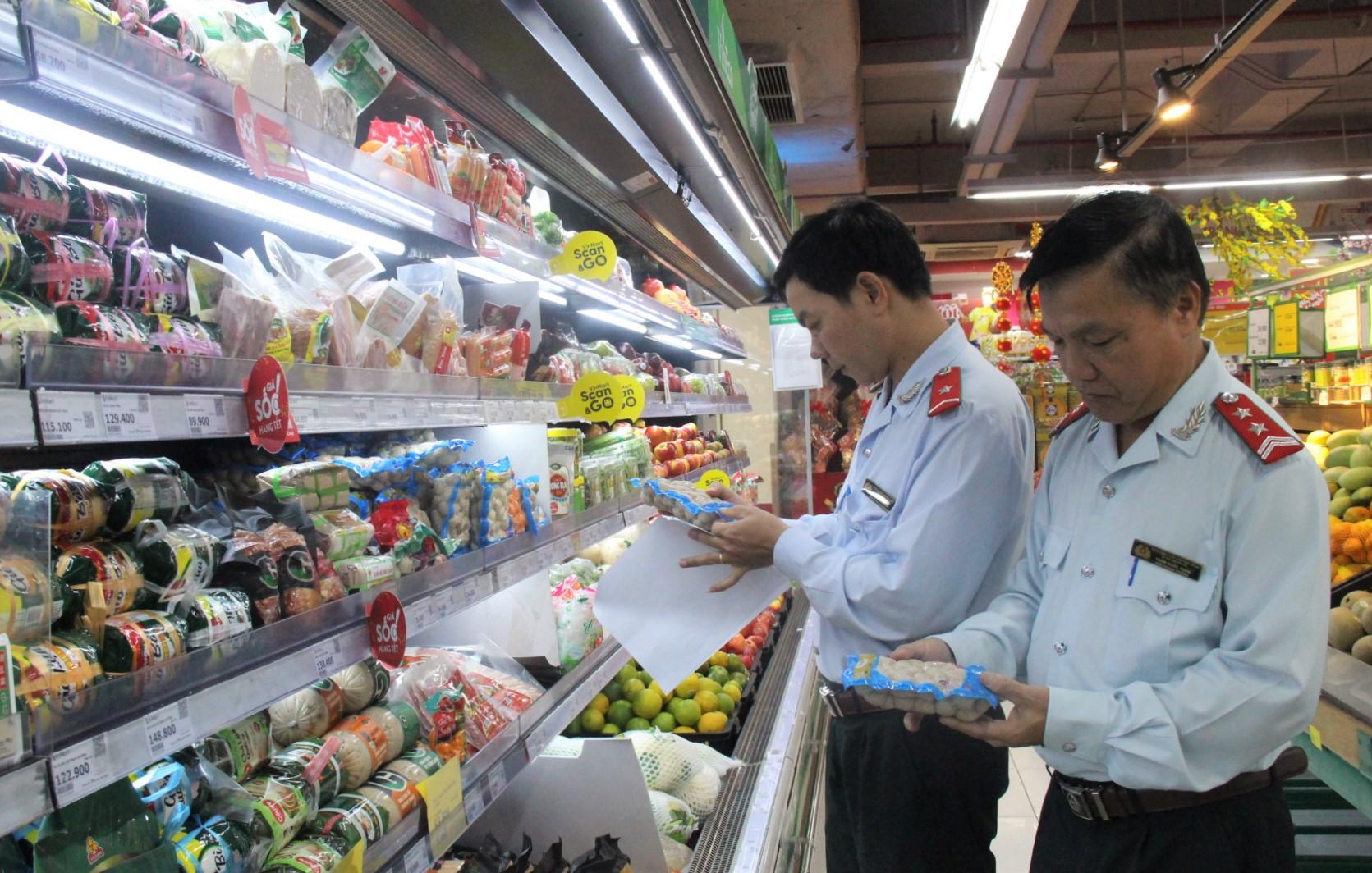 Ra quân kiểm tra an toàn thực phẩm trong dịp Tết Nguyên đán Canh Tý năm 2020