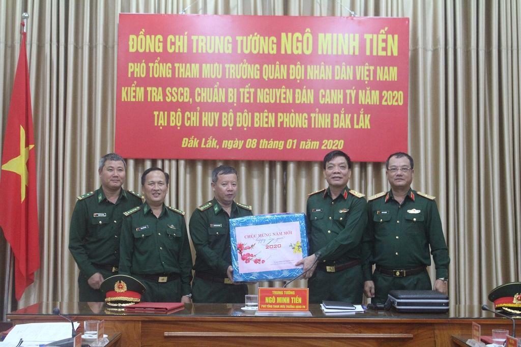 Đoàn công tác Bộ Tổng tham mưu kiểm tra công tác sẵn sàng chiến đấu dịp Tết Canh Tý 2020 tại Bộ đội Biên phòng tỉnh
