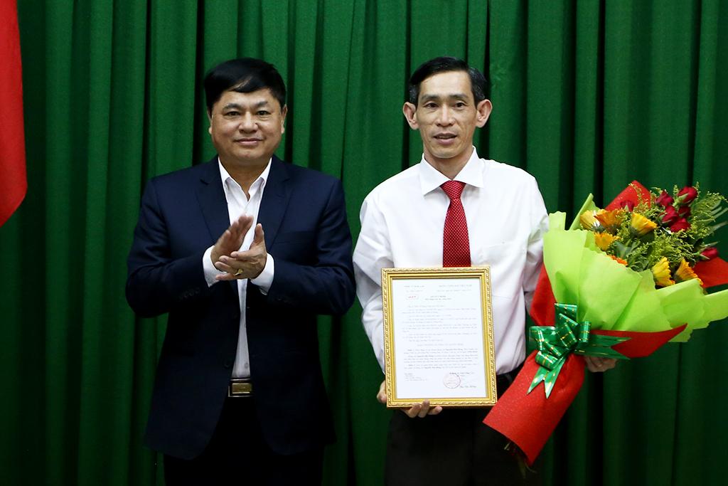 Công bố Quyết định bổ nhiệm Phó Trưởng Ban tổ chức Tỉnh ủy