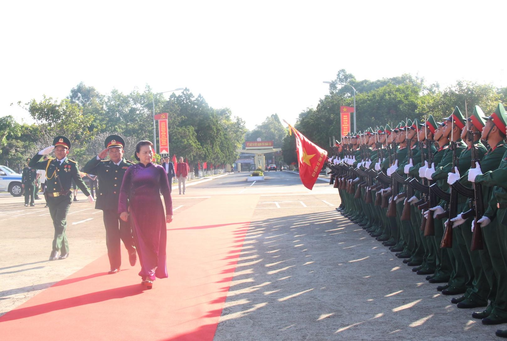 Chủ tịch Quốc hội Nguyễn Thị Kim Ngân thăm, chúc Tết cán bộ, chiến sĩ Bộ Chỉ huy Quân sự tỉnh Đắk Lắk