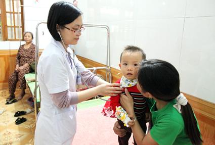 Tăng cường triển khai công tác y tế trường học, phòng chống dịch bệnh mùa đông xuân