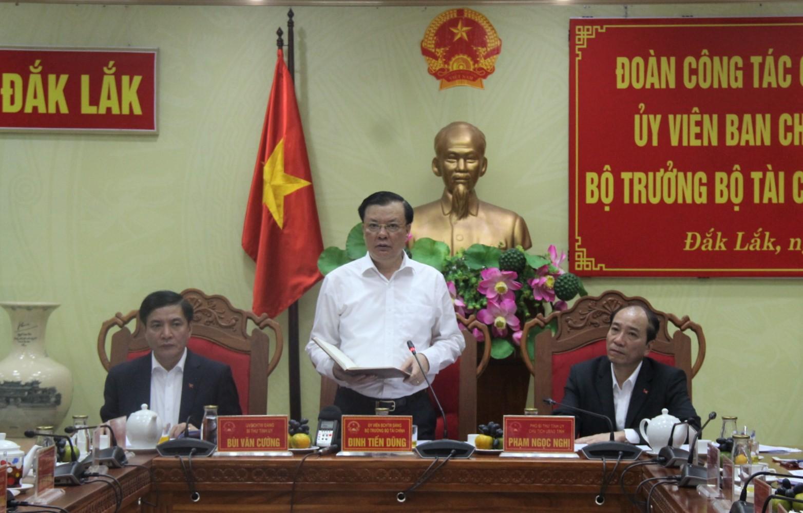 Đoàn công tác của Bộ Tài chính làm việc tại tỉnh Đắk Lắk