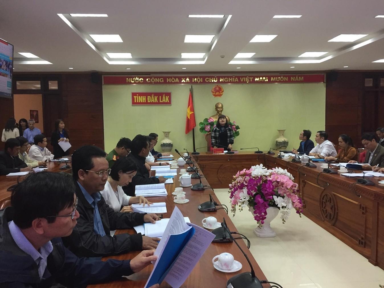 Thông báo kết luận của đồng chí H'Yim Kđoh – Phó Chủ tịch UBND tỉnh, Trưởng Ban Chỉ đạo phòng chống dịch bệnh viêm đường hô hấp cấp do chủng mới virus Corona (nCoV) gây ra trên địa bàn tỉnh Đắk Lắk.