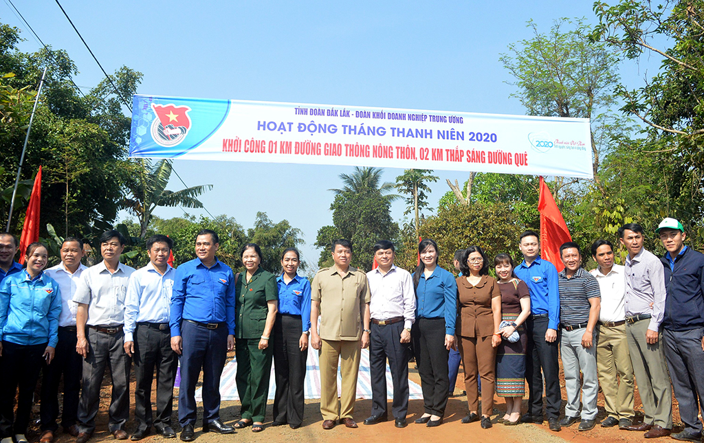 Huyện Ea Kar hưởng ứng Tháng Thanh niên năm 2020