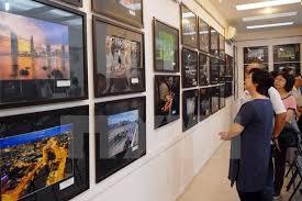Tham gia liên hoan ảnh nghệ thuật khu vực Nam Trung bộ và Tây Nguyên