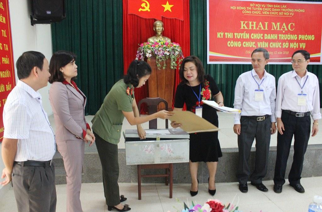 Đắk Lắk tạm hoãn tuyển chọn Bí thư huyện vì dịch Covid-19