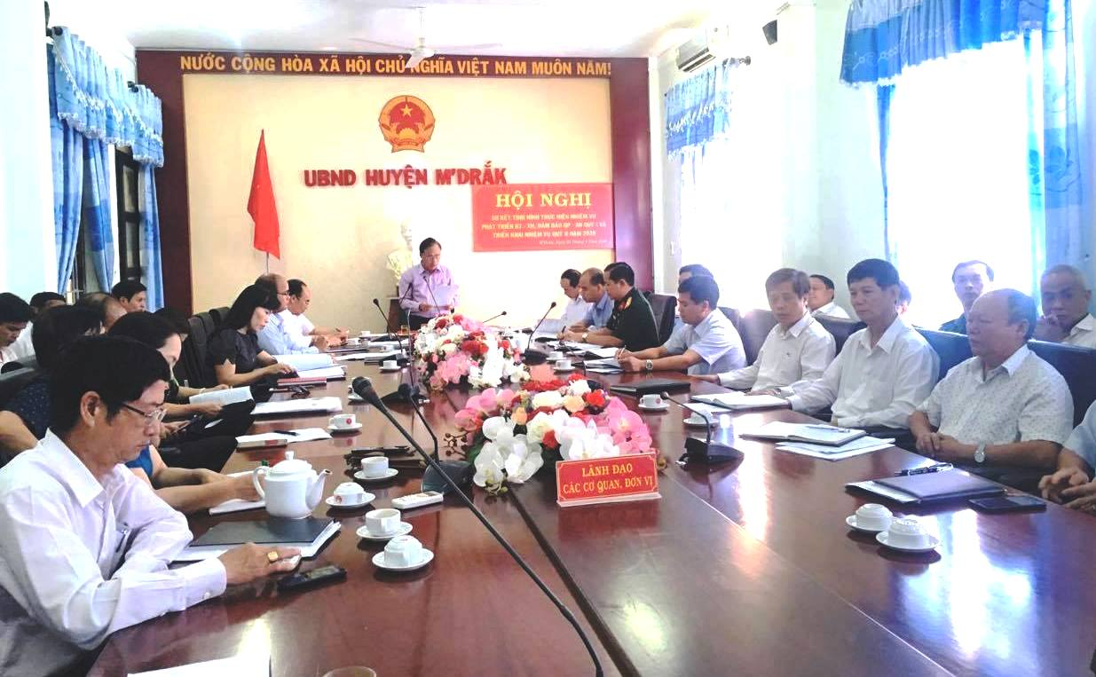 UBND huyện M'Đrắk sơ kết công tác quý I năm 2020