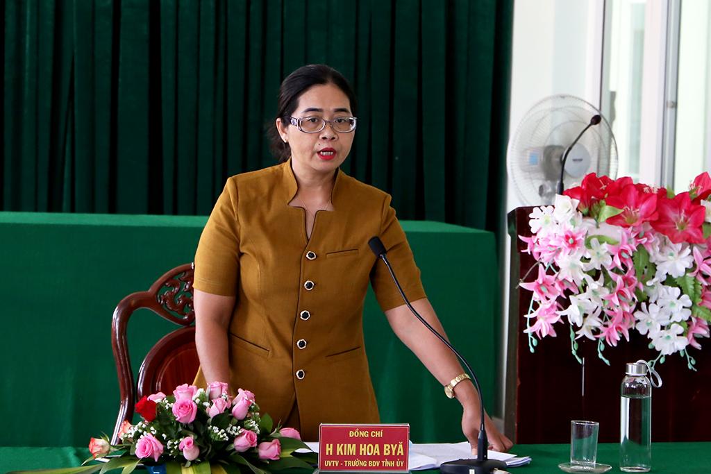 Kiểm tra công tác chuẩn bị Đại hội Đảng bộ nhiệm kỳ 2020 – 2025 tại Huyện ủy Lắk