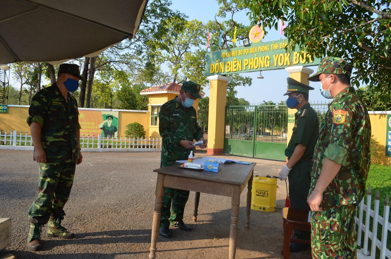 Kiểm tra công tác phòng, chống dịch Covid-19 ở khu vực biên giới