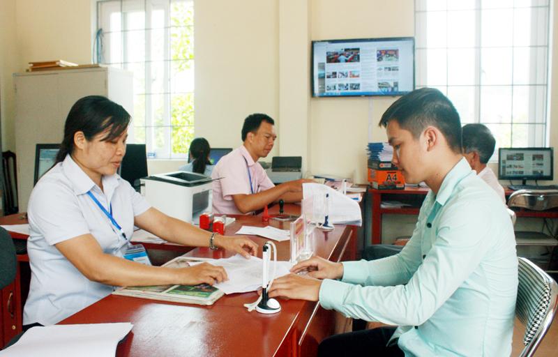 Triển khai các nội dung có liên quan về công tác cán bộ.