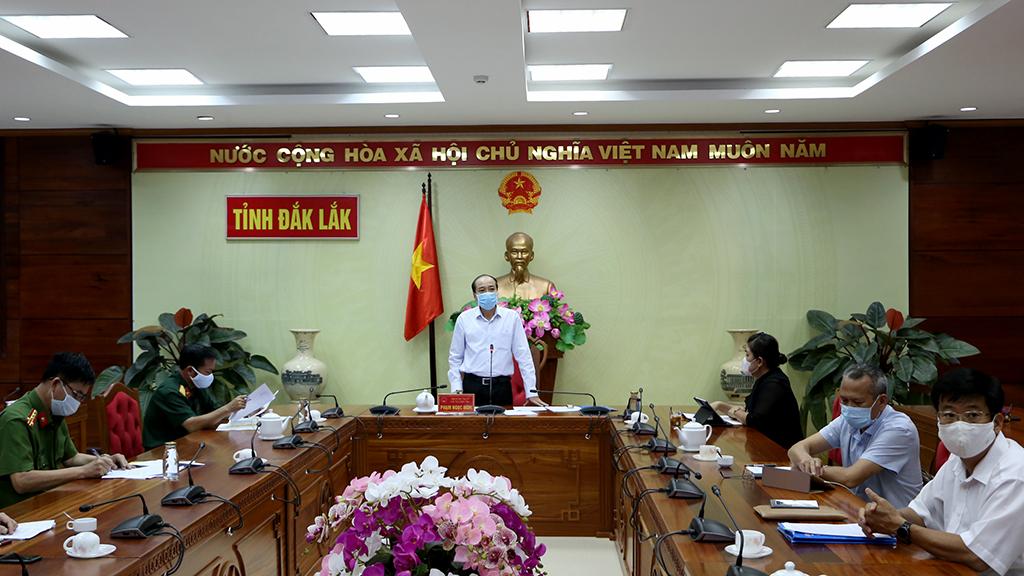 Kết luận của Chủ tịch UBND tỉnh tại cuộc họp bàn công tác phòng chống dịch Covid-19 trên địa bàn tỉnh