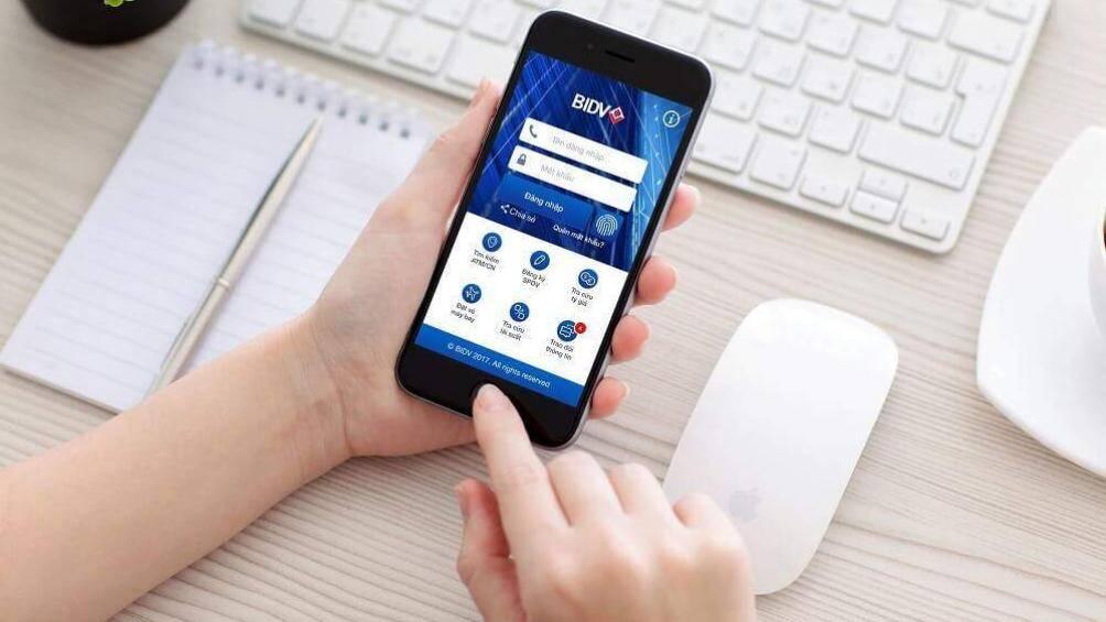Triển khai nộp tiền gia hạn thẻ BHYT, đóng tiếp tiền BHXH tự nguyện trực tuyến