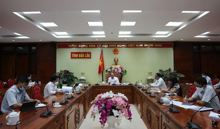 UBND tỉnh họp góp ý công trình Sân vận động trung tâm thuộc Khu liên hợp thể dục thể thao vùng Tây Nguyên.